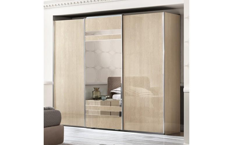 Spinta Ambra 3 stumdomų durų (su veidrodžiu)