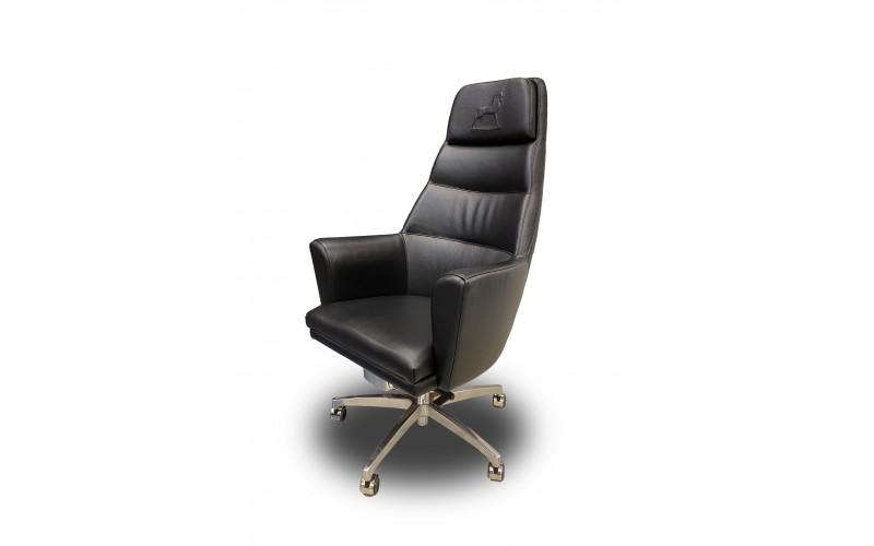 Kėdė prie rašomojo stalo Panama