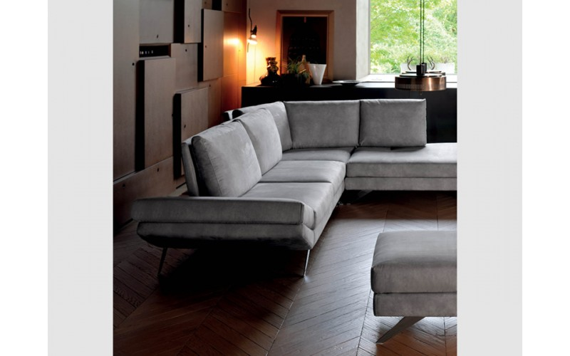 Kampinė sofa City